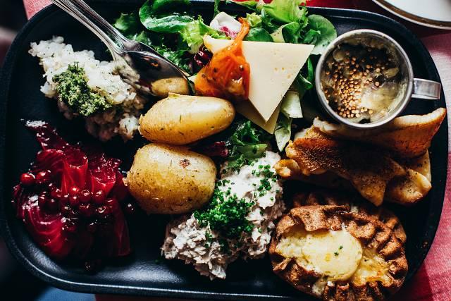 【ミールキットの歴史】新鮮で高品質な食材がアメリカで大流行!日本には1970年代からあった