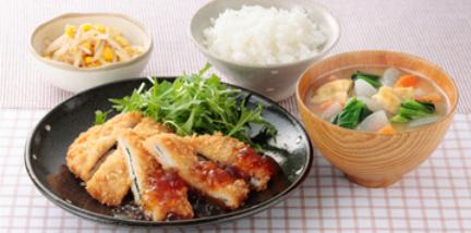 7. 肉・魚・野菜をバランスよく。飽きのこないバラエティーに富んだ献立内容!